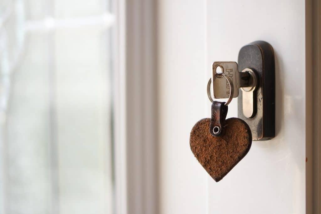 Quels frais entrent en jeu lors d'un premier achat immobilier?