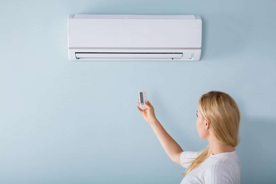 Installation d'une climatisation réversible : les avantages et les aides